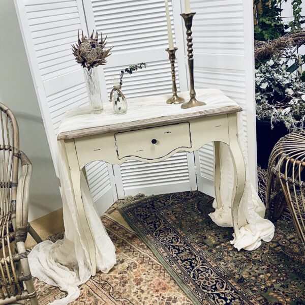 Signing Table White Rustic