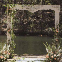 Medici Limewash arch Tumbleweed